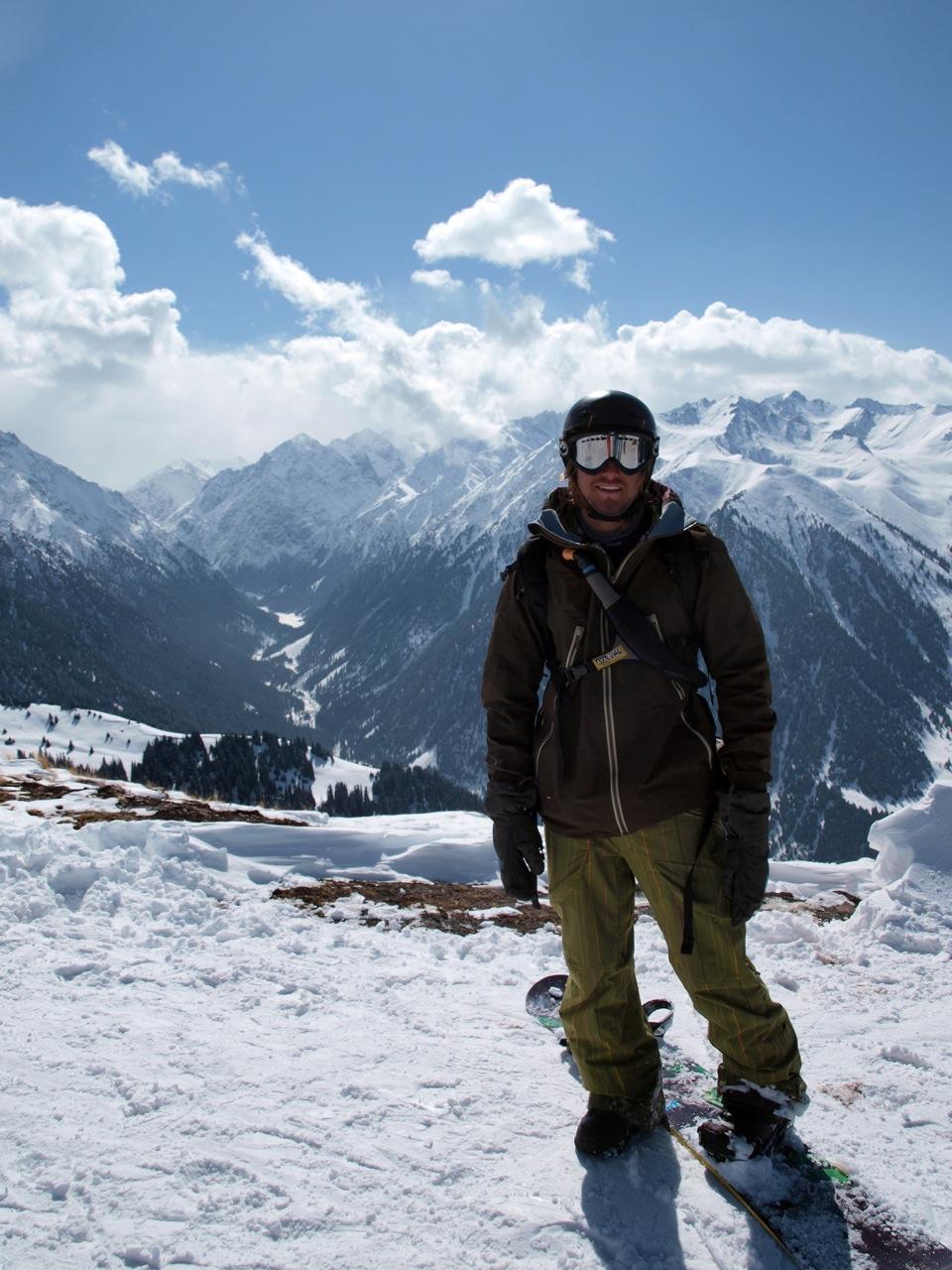 Helge Myrvang på toppen av heisanlegget i Karakol