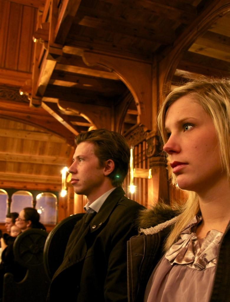 Tilskuerne Zahl og Linn er klar for fest