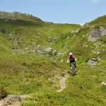 Ruben på vei ned Austdalen